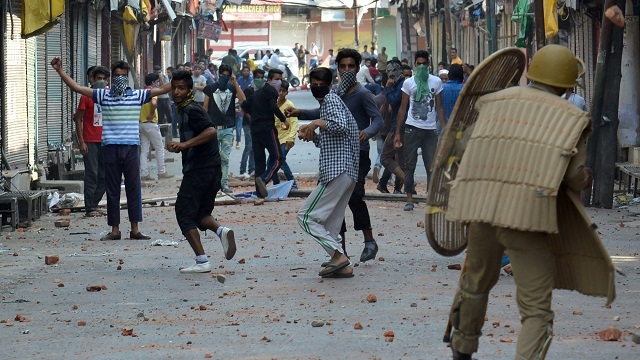 yasin malik indian army stone pelting